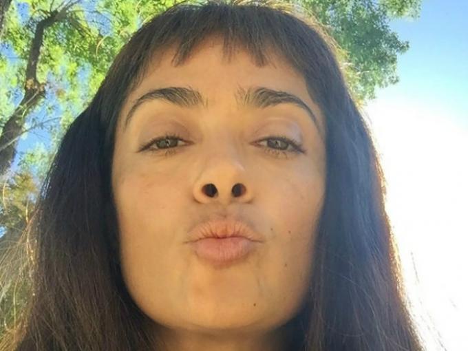 La actriz Salma Hayek sin maquillaje cambia bastante