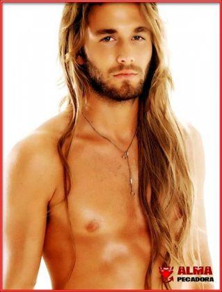 Seguro que te gustan los hombres con melenas rubias y bronceados a modo surfero de California