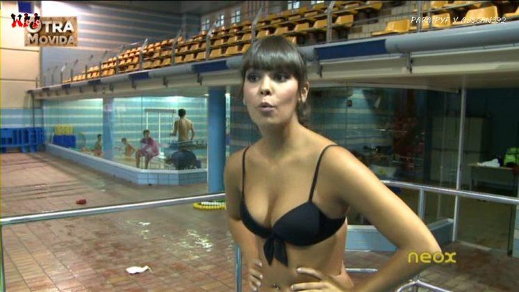 Las tetas de Cristina Pedroche en bikini negro