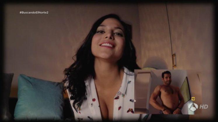 Video muy caliente de la famosa presentadora de Tvemos Elisa Mouliaá haciendo un striptease por webcam