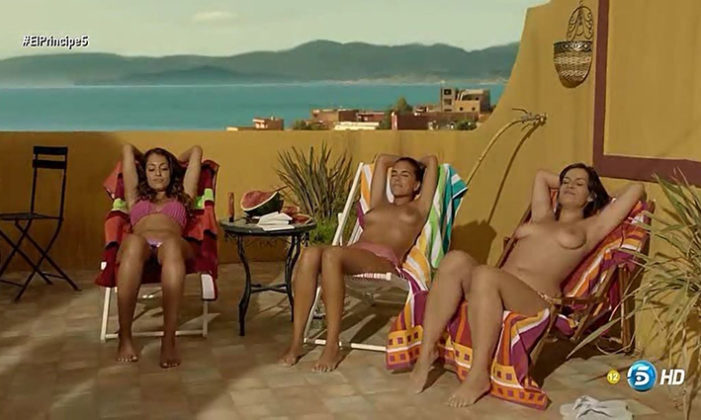 Hiba Abouk tomando el sol en bikini y Rocio Pelaez y Eloina Marcos en topless en El Principe