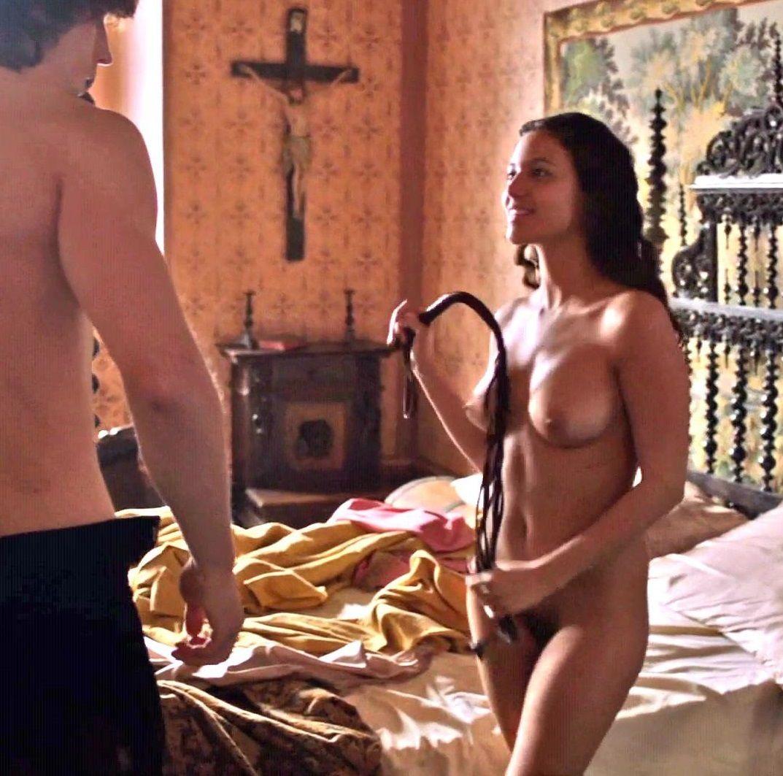 Elisa Leonetti Nude
