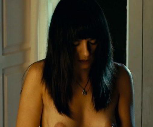 Las tetas de Miren Ibarguren en topless